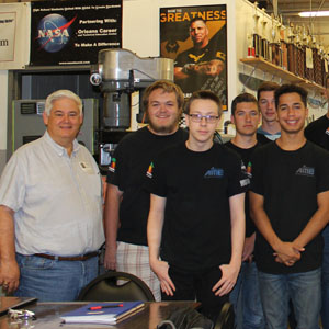 Advanced Manufacturing Students Get Ready to Make Parts for NASA